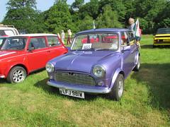Austin Morris Mini 850 Super LFJ981W (Andrew 2.8i) Tags: classicsatscolton scoltonmanor haverfordwest pembrokeshire car cars classic classics show austin british bl britishleylandsuper850miniaustinmorris