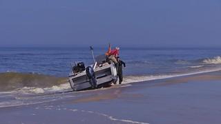 ..De vissers kwamen  terug van zee ..