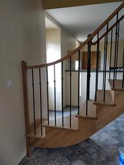 Escalier à l'ancienne en chêne (MeslinBatiment) Tags: escalier meslinbatiment escaliersurmesure limonmétal escaliermanche manche saintlô caen calvados marigny coutances saintjeandelle saintjeandesbaisants periers carentan bayeux