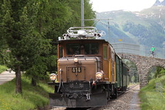 Rhätische Bahn RhB Lokomotive Ge 6/6 I 414 ( Rhätisches Krokodil - Baujahr 1929 - Hersteller SLM Nr. 3297 - BBC MFO - Elektrolokomotive Triebfahrzeug Stangenantrieb ) unterwegs bei Pontresina im Engadin im Kanton Graubünden - Grischun der Schweiz (chrchr_75) Tags: albumzzz201806juni juni 2018 hurni christoph schweiz suisse switzerland svizzera suissa swiss chrchr chrchr75 chrigu chriguhurni chriguhurnibluemailch albumbahnenderschweiz albumbahnenderschweiz20180106schweizer bahnen bahn eisenbahn train treno zug fest eisenbahnfest festival 10 jahre unesco welterbe