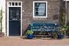 typically dutch (swissgoldeneagle) Tags: gouda türe bicycle fahrrad window rx100m4 bench nederland sony bike sonycamera door tuer südholland southholland rx100 tuere fenster niederlande netherlands tür zuidholland velo nl