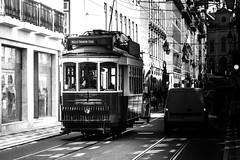 Next stop'* (o0o*') Tags: simonpuntocom sitios tren travel portugal tempo o0o lisboa