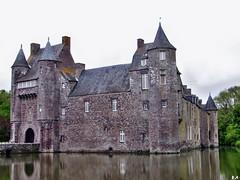 Château de Trécesson (pontfire) Tags: campénéac morbihan bretagne 56 france castel château
