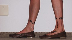 new TAMARIS brown leather ballerinas (Isabelle.Sandrine2001) Tags: 2pairofshoes shoes leather pumps ballet flats ballerinas sabrinas feet legs tattoo dangling shoeplay