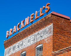 Bright Bracknell's (augphoto) Tags: augphotoimagery architecture building exterior old sign signage structure plumbranch southcarolina unitedstates