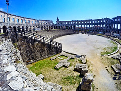 Pula: Roman Arena view from south (ARKNTINA) Tags: pula pulacroatia istria istra europe croatia hr18 eur18 random6 town building architecture arena amphitheater pulaarena romanamphitheater romanarena romanruins ruins
