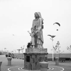 Sagrada Familia (netog) Tags: fujigf670 kodak400tmax 6x6