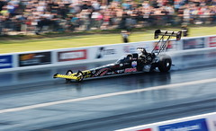 Top Fuel Dragster_9699 (Fast an' Bulbous) Tags: nito car vehicle automobile topfueldragster funnycar motorsport santapod outdoor