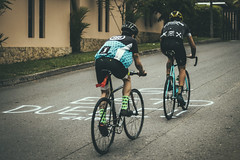 (catuo) Tags: race cycling cyclist cyclingteam bicycle bike trackbike track circuit climb colombia urban crit criterium carrera bicicleta alleycat skidz cali calico fixed gear fixie ciclismo sport deporte