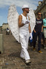 IMG_0343 (leroux.maximilien62) Tags: caen calvados normandie normandy france blanc white weiss bianco blanco ange engel angel angelo chapeau hat hut gants gloves marche fiertés pride