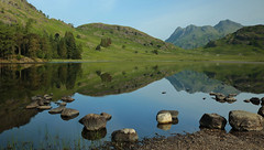 Mirror rorriM [explore 11.06.18] (mandysp8) Tags: reflection tarn trees eskdale thelakedistrict lake water blue sky mountain langdalepikes summertime uk canon eos rocks littlelangdale england