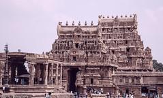 Temple Architecture (Balaji Photography - 5 .5 Million+ views -) Tags: thanjavur bigtemple siva shiva brahadeeswar unesco heritage archiology templesofindia cholatemple chola rajarajachola
