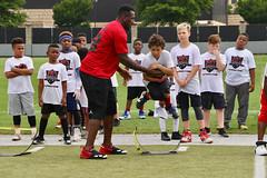 """2018-tdddf-football-camp (116) • <a style=""""font-size:0.8em;"""" href=""""http://www.flickr.com/photos/158886553@N02/40615582760/"""" target=""""_blank"""">View on Flickr</a>"""