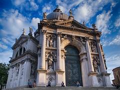 Basilica di Santa Maria della Salute, Venice, Italy (leo-nid) Tags: basilica di santa maria della salute venice italy ricoh griv