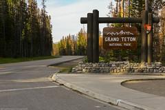 Grand Teton National Park (Jeff_B.) Tags: wyoming yellowstone jackson jacksonhole grandteton nationalpark america usa americana roads signage