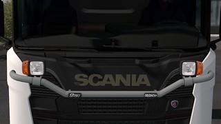 Trux Light-Bar for Scania S650