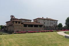 Castello di Pagazzano (stereoby) Tags: castello di pagazzano visconti lombardia italia gera dadda adda colleoni