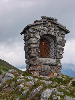 Maria Denkmal, Grubigstein (2233m), Lermoos, Tirol - Austria (N1035)