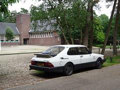 voor Berg en Bos school SAAB 900 TURBO 3 DOHC 16  01-TRK-7 1992 / 2012 Apeldoorn (willemalink) Tags: saab 900 turbo 3 dohc 16 01trk7 1992 2012 apeldoorn