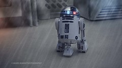 Star Wars: R2-D2 (Mars Mann) Tags: artoo droid theforceawakens returnofthejedi thelastjedi robot space journey lights photography dystopia empirestrikesback anakin skywalker darthvader autonamous artificialintelegence ai marsmannphotography flickrmarsmann starwars beep postprocessing retro marsmannonflickr