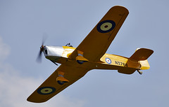 Magister (Bernie Condon) Tags: uk british shuttleworth collection oldwarden airfield airshow display aviation aircraft plane flying navyday june june2018 milesmagister miles magister trainer raf royalairforce military vintage preserved classic shuttleworthcollection historic