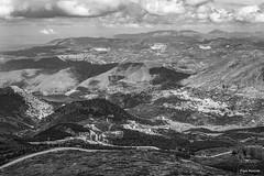 Guejar Sierra (Pepa Morente ( 2.200.000 de VISITAS )) Tags: granada sierranevada blancoynegro nubes cielo texturas naturaleza belleza sierra montes vistas nieve frío
