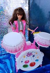 Rock band! Winter Rhapsody Barbie, Easter Party Barbie, Animal Lovin Nikki, Happy Birthday Barbie 1995 dolls (alenamorimo) Tags: barbie barbiedoll dolls concert barbiecollector