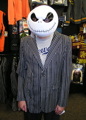 Jack Skellington (Vinny Gragg) Tags: costume costumes cosplay monster killer monsters superheroes superhero comics comicbooks comicbook villian villians supervillian supervillians zombie zombies ghoul ghouls c2e2 comiccon chicagocomiccon comiccon2017 chicagocomicentertainmentexpo mccormickplace chicagoillinois chicago illinois jackskellington skeleton skeletons thenightmarebeforechristmas halloween scary store stores