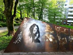 streetart in Hamburg (wojofoto) Tags: stencil stencilart hamburg germany deutschland streetart wojofoto wolfgangjosten