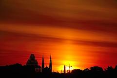 Another magic morning. (Photolove2017) Tags: sunrise sky silhouettes layers d3100 nikondx tiaphoto photolove2018 ottawagatineau ontario quebec canada interprovincial museum art morning