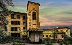 Ex Ospedale Luzzi (bellinipaolo31) Tags: fc03911 paolobelini esplorazioniurbane ospedaleluzzi sanatorio toscana sestofiorentino pratolino firenze castello villa