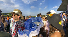 127 (TUNNELLINKAGEPICS) Tags: horse racing belmont people hats sky