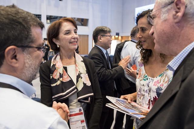 Gloria Hutt Hesse, Claudia Adriazola-Steil and José Luis Irigoyen discuss