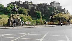 Edinburgh Castle, Scotland, UK (tosh123) Tags: castle edinburghcastle scotland history architecture building statue listedbuilding listedbuildinsofscotland