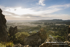 Hanging Rock, Victoria (Naomi Rahim (thanks for 3.8 million visits)) Tags: hangingrock victoria australia 2018 nikon nikond750 travel travelphotography wanderlust landscape nature mountains rock rockformation roadtrip shireofmacedonranges sunset clouds