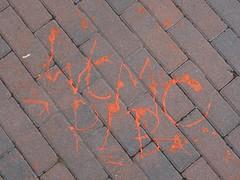 WCMC . PL'B (mkorsakov) Tags: dortmund city innenstadt unionviertel graffiti tagging boden pavement pflaster rot red minimal wcmc plb planb