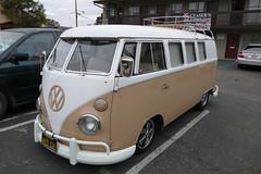 VW Bus (bballchico) Tags: vw volkswagen bus carsonthestreet santamaria