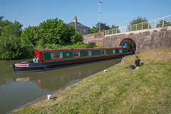 Devizes (thulobaba) Tags: kennetandavoncanal canal devizes wiltshire waterway england narrowboat lock angler fishing bridge tunnel brick kanal peniche