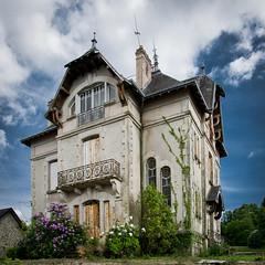 Haunted House (Dan Guimberteau) Tags: correze limousin house ghost haunt dxo photolab viewpoint