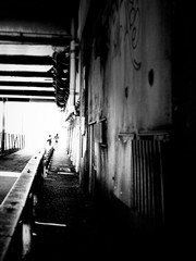 Drawing of an alleyway (明遊快) Tags: dark blackandwhite japan alley sunlight shadows street people urban couple love wall contrast perspective blur