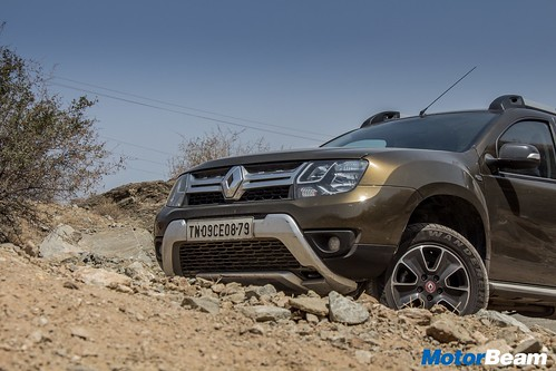 Renault-Duster-AWD-Long-Term-02