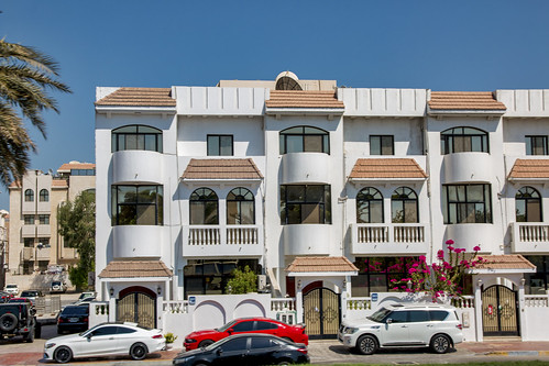 Condos or apartment building along Hop On Hop Off route, Abu Dhabi