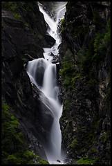 21 second freefall (WibbleFishBanana) Tags: water waterfall austria österreich tirol tyrol zillertal zillergrund leebigstopper gasthaushäuslingalm häusling