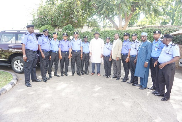HSDickson- Meets With former Colleagues in the Police Force