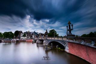just before the rain Amsterdam, Blauwbrug......