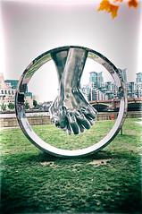Love (Massimo Usai) Tags: england europe london londonist travel love sculpture art streetart lorenzoquinn embankment