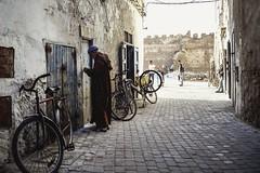 Essaouira (S.Pompei photo) Tags: morocco maroc africa northafrica streetlife streetphotography stphotographia bike people essaouira ontheroad travel travelphotography