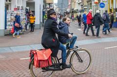 AmsterBiKERs (168/365) (Walimai.photo) Tags: bike bici bicicleta bicycle street calle candid portrait robado amsterdam holanda netherlands nikon d7000 nikkor 35mm