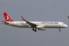 TC-JTH - LGW (B747GAL) Tags: turkish airlines airbus a321231 lgw gatwick egkk tcjth