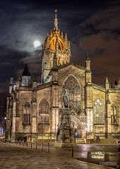 St Giles Cathedral Moonlight (www.edinburghhd.co.uk) Tags: st giles cathedral royal mile edinburgh scotland moonlight historic town cathedrals churches church high street night scottish architecture
